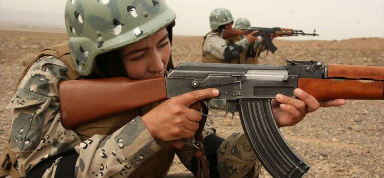 Afganistan'da kadın polislere silahlı saldırı: 2 ölü