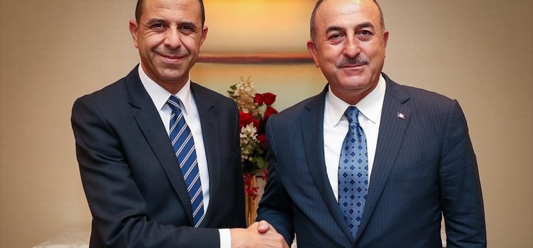 Dışişleri Bakanı Çavuşoğlu KKTC'li mevkidaşıyla görüştü