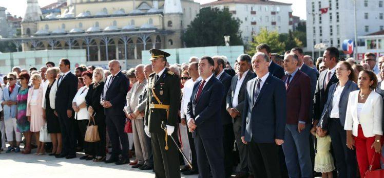Büyük Zafer'in 97. Yılı Bağcılar'da Törenle Kutlandı