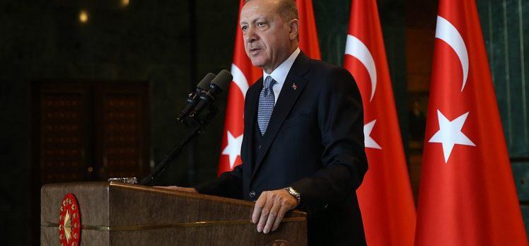 Cumhurbaşkanı Erdoğan: Kadına yönelik şiddeti el birliğiyle ülkemizden tamamen sileceğiz