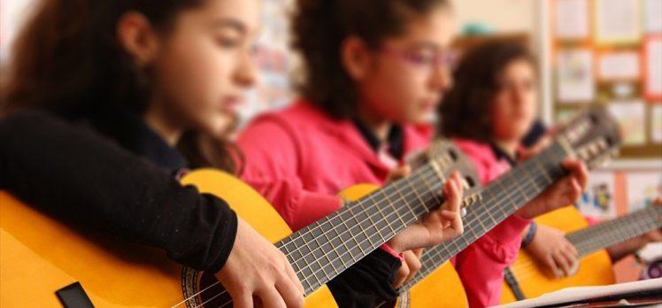 Okul Destek Projesinden 15 bine yakın çocuk faydalandı