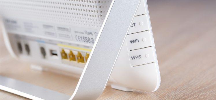 Türk Telekom CEO'su Önal: Wi-Fi şifrelerini herkesle paylaşmayın