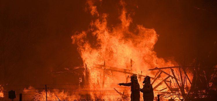 Avustralya'daki yangınlar nedeniyle yeni tahliye çağrıları yapıldı
