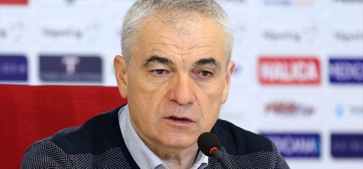 Demir Grup Sivasspor Teknik Direktörü Çalımbay: Maçın hakkı beraberlikti
