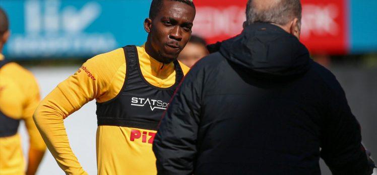 Galatasaray'dan Adem Büyük ve Onyekuru'nun sakatlığına ilişkin açıklama
