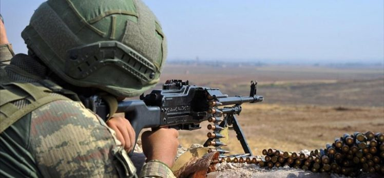 MSB: Barış Pınarı bölgesine sızmaya çalışan PKK/YPG'li 4 terörist etkisiz hale getirildi