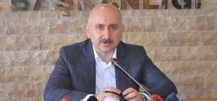 Ulaştırma ve Altyapı Bakanı Karaismailoğlu'ndan 'Aydın-Denizli otoyolu' açıklaması