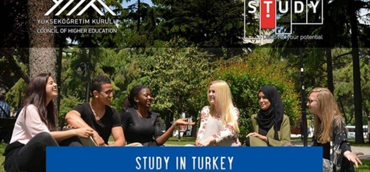 Türk üniversitelerini sanal ortamda tanıtan fuara yoğun ilgi gösterildi