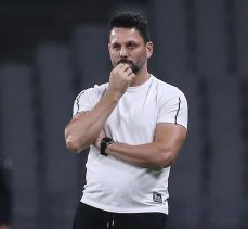 Fenerbahçe'de teknik direktörlüğe Erol Bulut getirildi