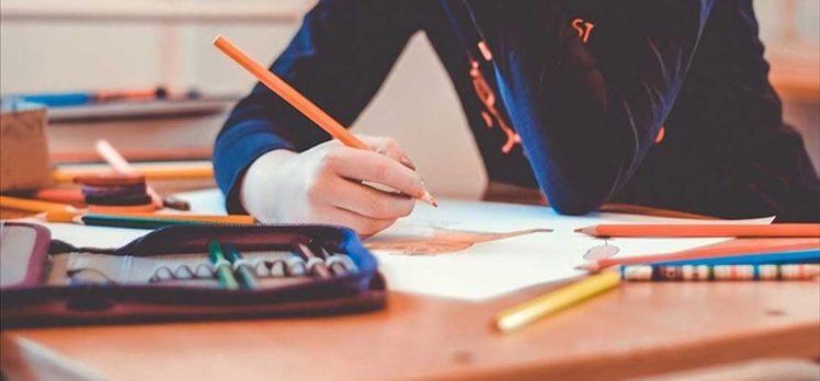 Öğrenci ve velilere yeni okul dönemine adaptasyon tavsiyeleri