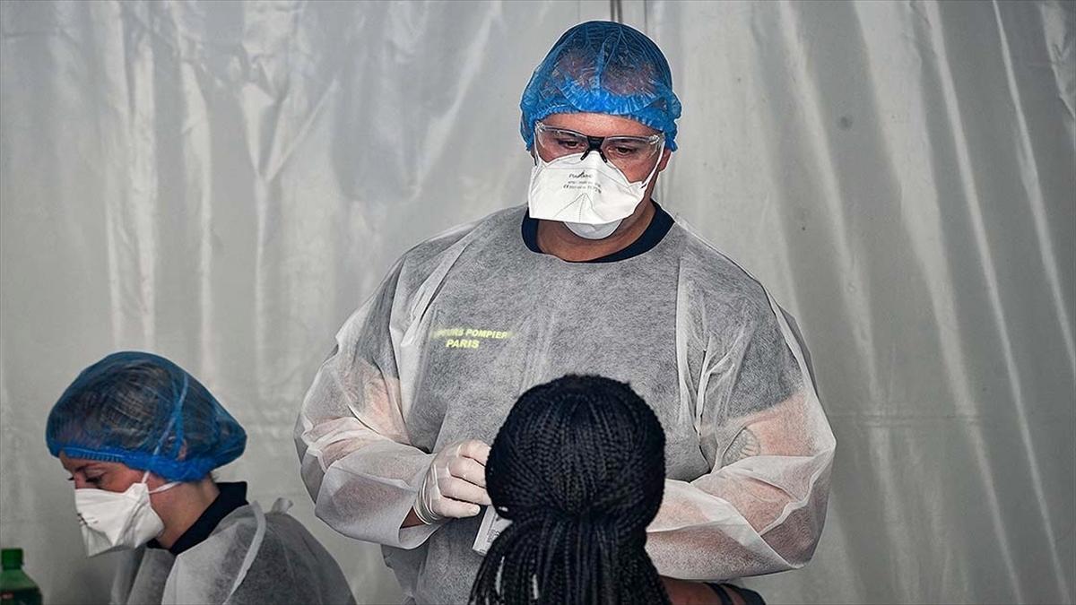 Dünya genelinde Kovid-19 tespit edilen kişi sayısı 29 milyon 753 bini aştı