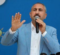 Adalet Bakanı Gül: Azerbaycanlı kardeşlerimizin haklı davasında sonuna kadar yanındayız