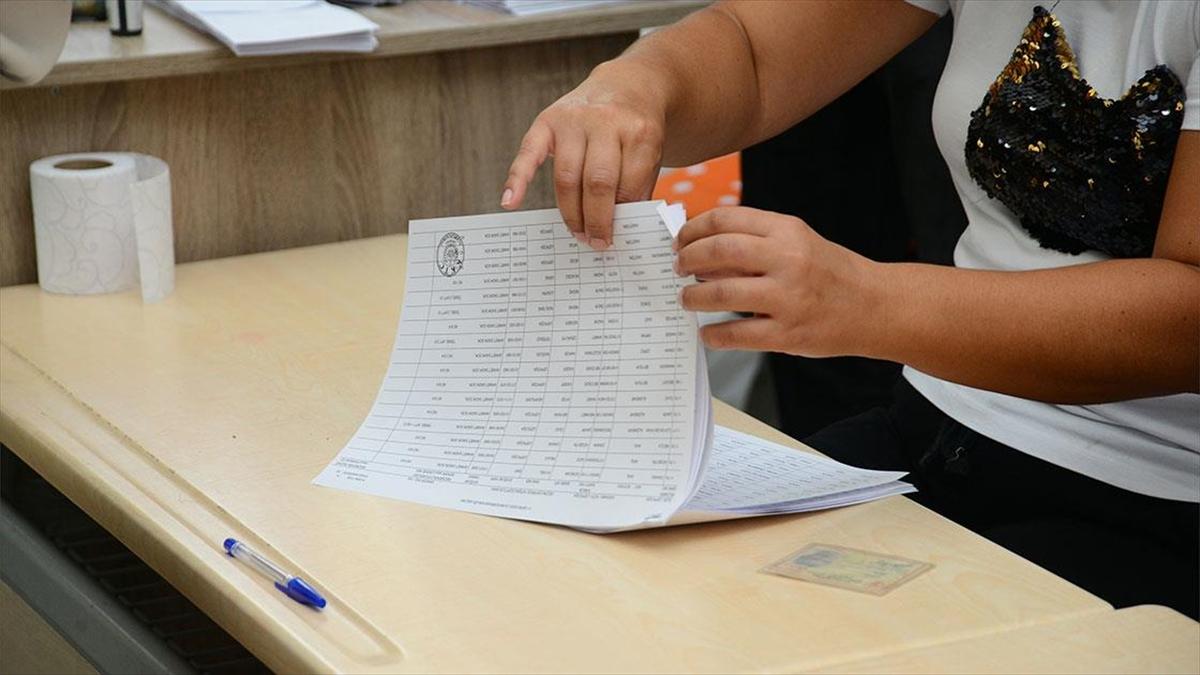 KKTC'de oy verme işlemi sona erdi
