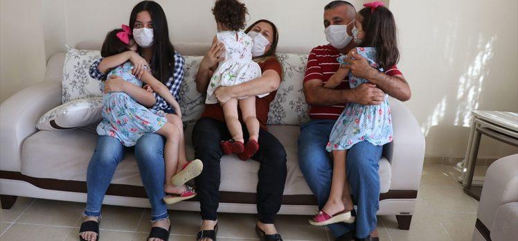 Kızlarının kardeş isteğini kırmayan çift üç çocuğa anne baba oldu