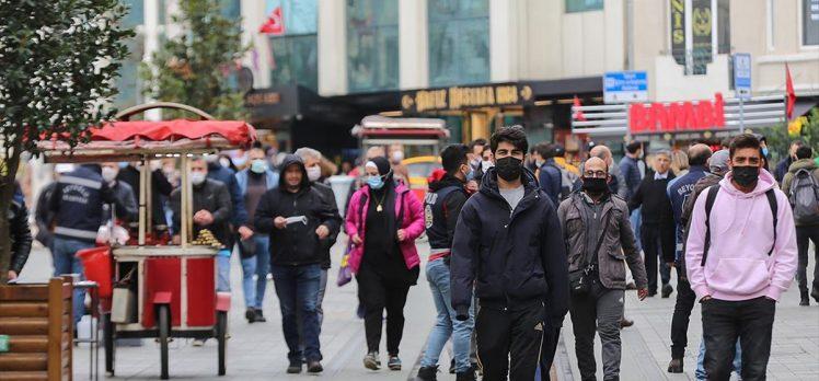 'Kovid-19'u atlatanlar da maske, mesafe ve hijyen kurallarına uymalı'