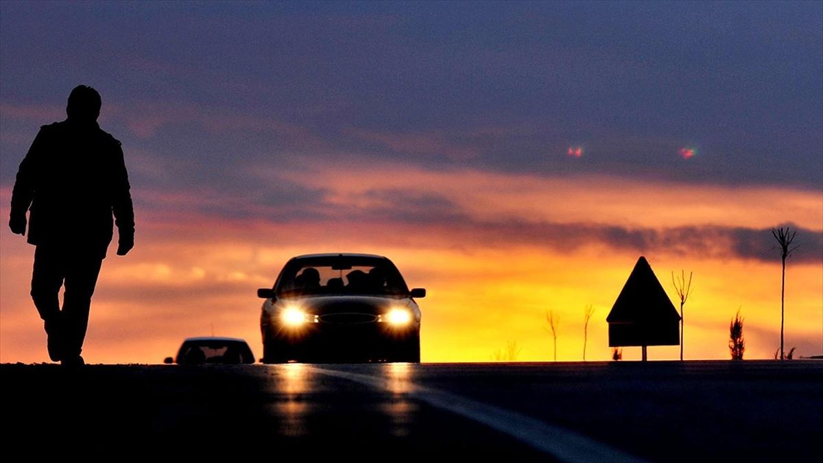 Bagaj kapağı arızalanan otomobilin yenisiyle değiştirilmesi kararına onama