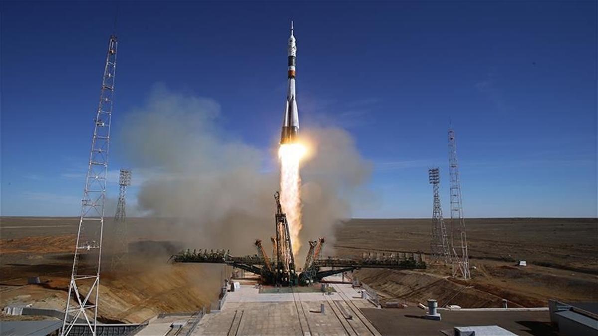 Soyuz MS-18 uzay aracı fırlatıldı