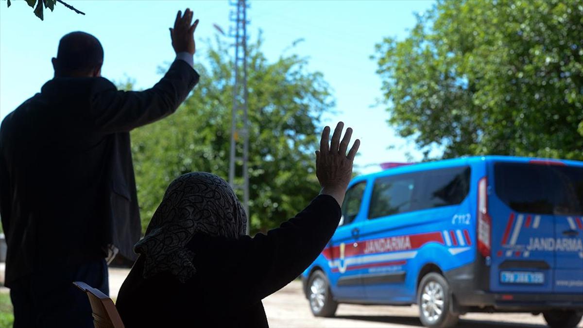 Salgın sürecinde Vefa Sosyal Destek Grupları ile 21 milyonu aşkın hizmet vatandaşa ulaştırıldı