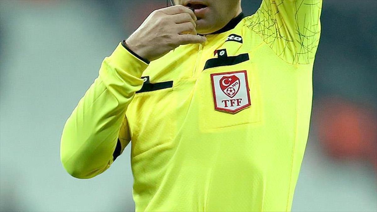 Süper Lig'in 38. haftasında 28-29 Nisan'da oynanacak maçları yönetecek hakemler açıklandı