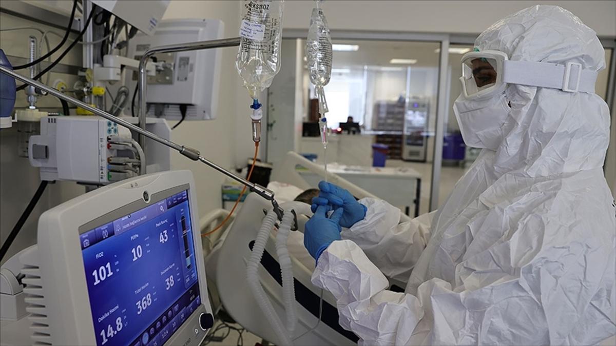 Türkiye'de 20 bin 107 kişinin Kovid-19 testi pozitif çıktı