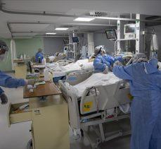 Türkiye'de 7 bin 656 kişinin Kovid-19 testi pozitif çıktı, 137 kişi yaşamını yitirdi