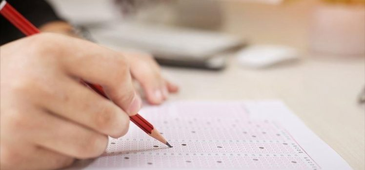 LGS kapsamındaki merkezi sınav 17 bin 793 okulda gerçekleştirilecek
