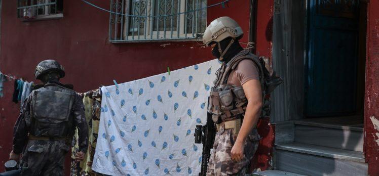 istanbul'da 6 ilçede hava destekli uyuşturucu operasyonu