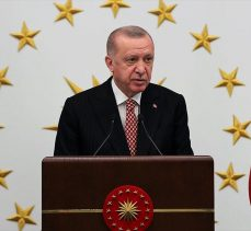 Erdoğan: Belediye başkanlarımızın başarısı 2023'teki seçimlerin sonuçlarını etkileyecek
