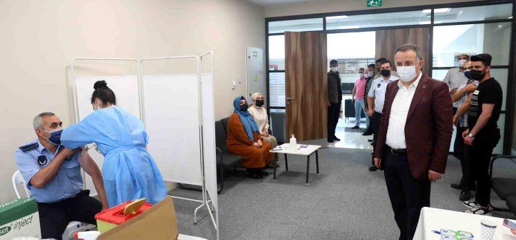 Bağcılar Belediyesi Çalışanlarına Covid-19 Aşısı