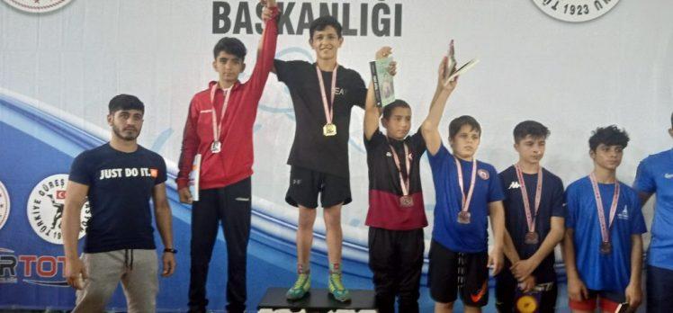 Bağcılarlı Sporcu Güreşte Türkiye Birincisi Oldu