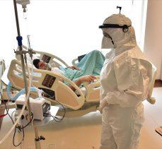 Yoğun bakımda kritik eşiği atlatan Kovid-19 hastaları aşı olmamanın pişmanlığını yaşıyor