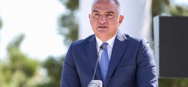 Bakan Ersoy: Topraklarımıza düşen her ateş, devletimizin gücü, milletimizin birlik ve beraberliği karşısında sönecek