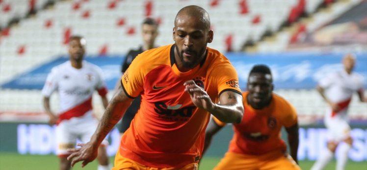 Galatasaraylı futbolcu Marcao, takım arkadaşı Kerem'den özür diledi
