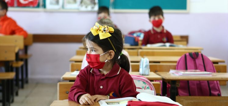 Türkiye'nin eğitim hamlesiyle yakalanan veriler, birçok alanda OECD ortalamalarıyla başa baş