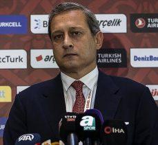 Galatasaray Başkanı Elmas: Milli takıma Fatih Terim'in istenmesi durumunda böyle bir şeye asla izin vermeyiz