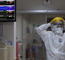 Türkiye'de 21 bin 352 kişinin Kovid-19 testi pozitif çıktı, 243 kişi hayatını kaybetti