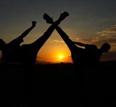 Okul arkadaşlığı karatede dünya şampiyonluğu getirdi