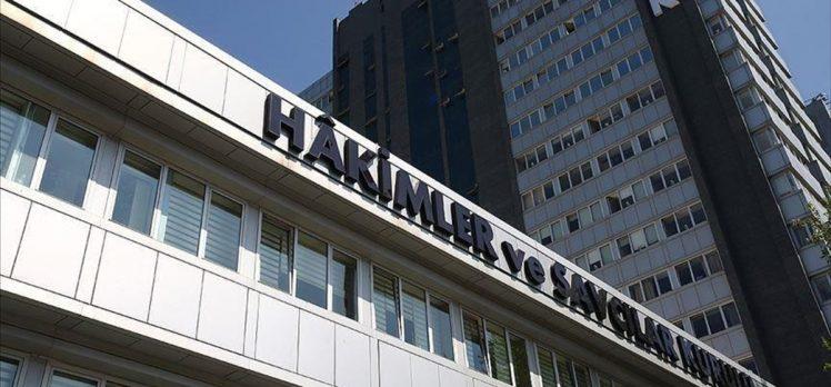 HSK 13 hakim ve savcıyı FETÖ irtibatı nedeniyle meslekten ihraç etti