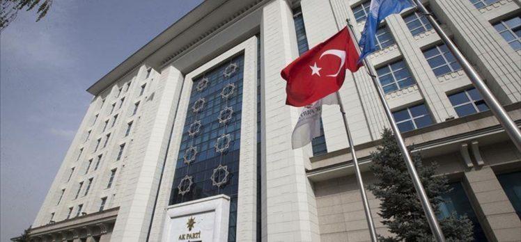AK Parti'de liderlik okulu dersleri bugün başlıyor